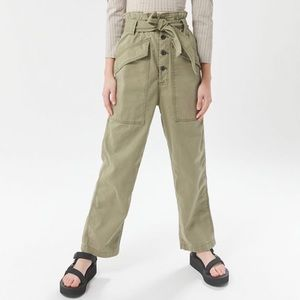 Urban Outfitters Paperbag Pants Sz XS